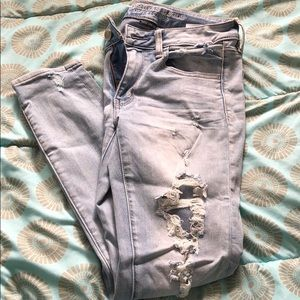 Distressed American eagle ankle jeggings
